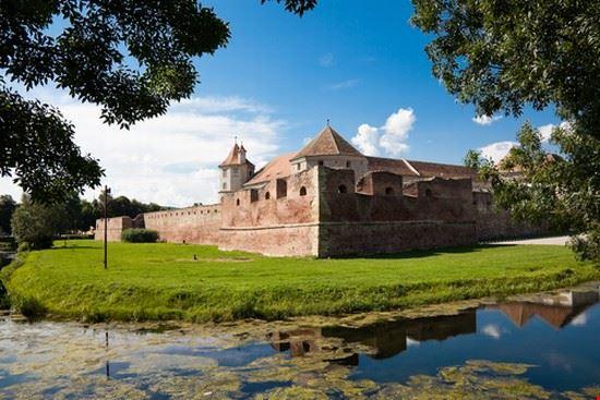 the fagaras fortress in brasov brasov