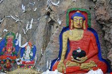 lhasa fels-buddha in lhasa