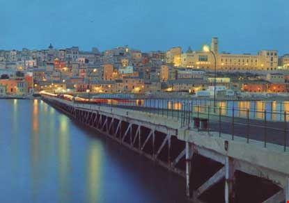 Panorama notturno dal pontile