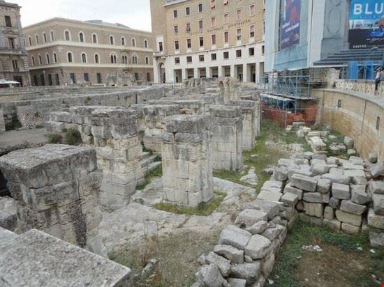 25932 anfiteatro romano lecce