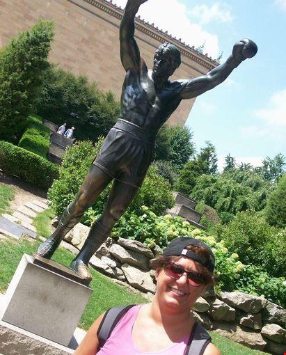 Foto Monumento a Rocky Balboa a Philadelphia - 411x550 ...