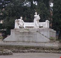 monumento a donizetti bergamo