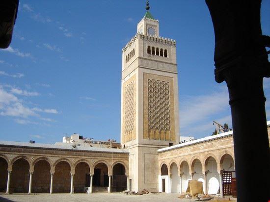 26700 tunis zitouna mosque