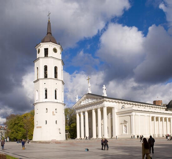 Photo Vilnius Cathedral Square In Vilnius In Vilnius