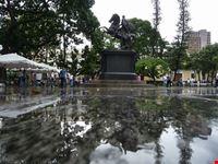 plaza bolivar caracas