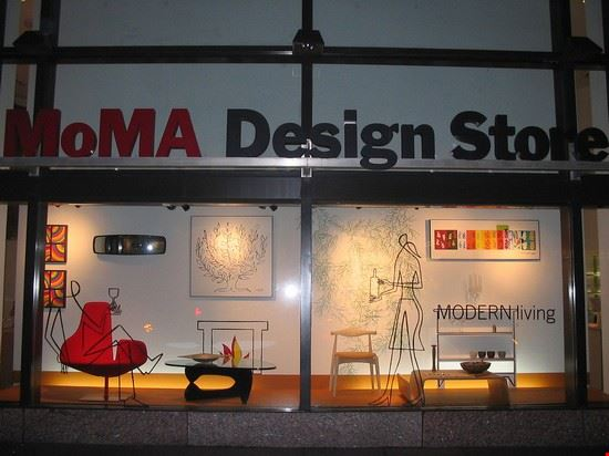 moma design store new york einkaufen in new york. Black Bedroom Furniture Sets. Home Design Ideas