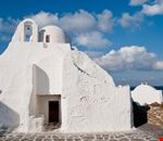 mikonos the church of panagia paraportiani