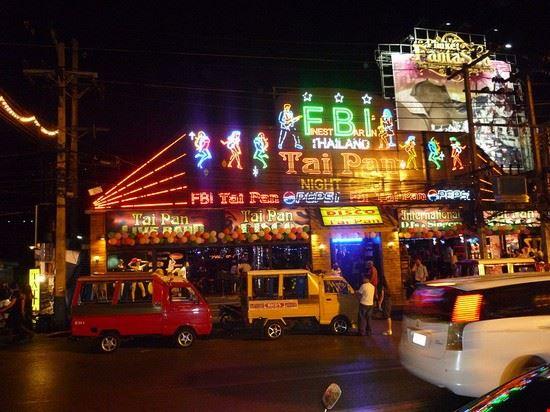 27587 phuket patong at night