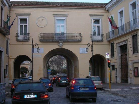 Porta Arpana (o Porta Grande)