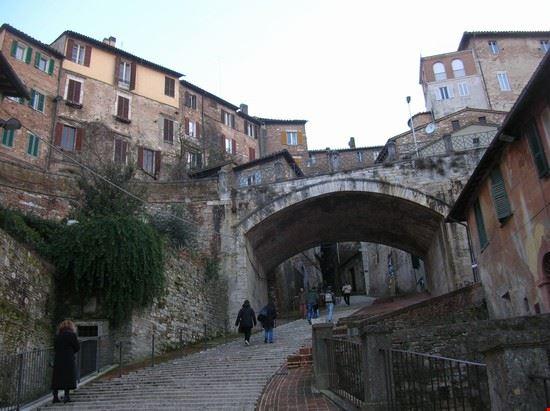 Arco dell'Acquedotto