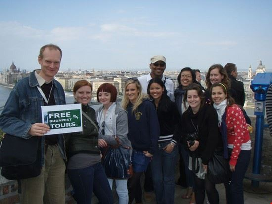 walking tour group photo