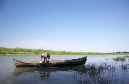 Pescatore sul Trasimeno