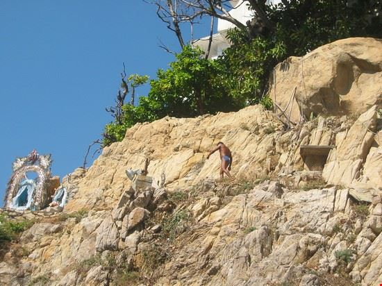 cliffdivers in acapulco de juarez