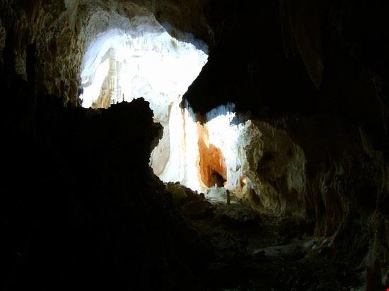 Le splendide grotte di Frasassi sono collocato presso Genga nella provincia d'Ancona.