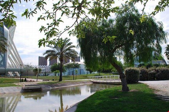 Foto scorcio dei giardini del turia a valencia 550x367 autore irene pasqualini - Hotel jardines del turia ...