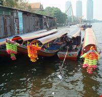 31881 bangkok long tail boats
