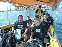 phuket tauchen in phuket merlin divers kamala beach