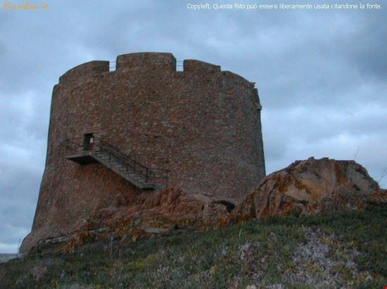 santa teresa di gallura longosardo tower