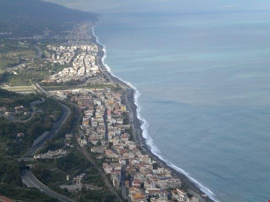 Panorama di Sant'Alessio, Santa Teresa e Furci Siculo da via Palmentello