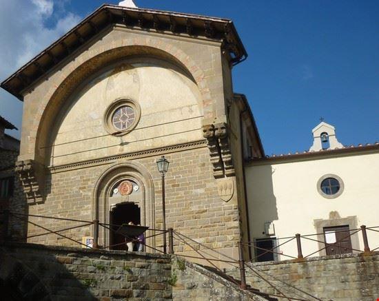 chiesa e fonte