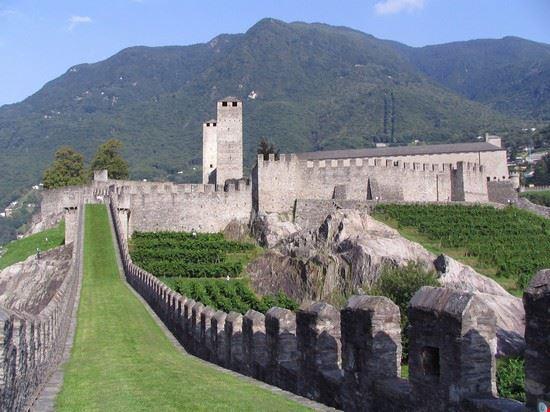 il castello di Sasso Corbaro e' un'altra meraviglia delle alture di Bellinzona