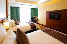 the aetas lumpini superior room bangkok