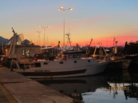 Peschereccio impavido pescaturismo tours e visite guidate a porto san giorgio - Aran cucine porto san giorgio ...