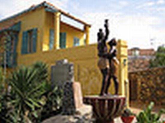 34308 dakar statue part of the museum