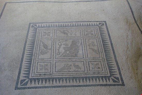 Mosaico del satiro ebbro