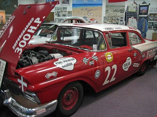 34493 daytona beach living legends of auto racing