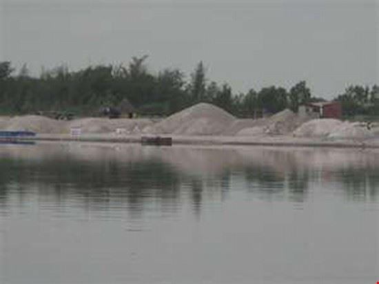 Rose Lake Malika Salt Mines