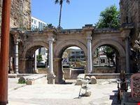 La Porta di Adriano