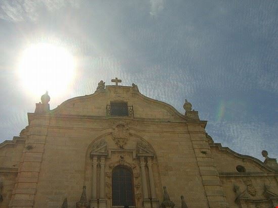 ronda sommerhimmel und kirche