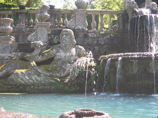la fontana dei giganti