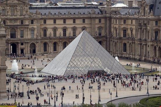 35209 paris musee du louvre a paris