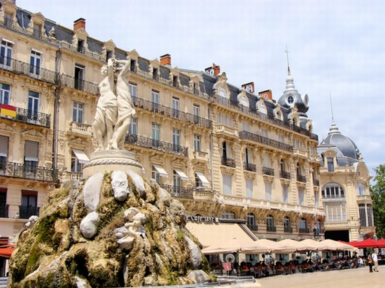 photo montpellier place de la comedie a montpellier in montpellier pictures and images of. Black Bedroom Furniture Sets. Home Design Ideas