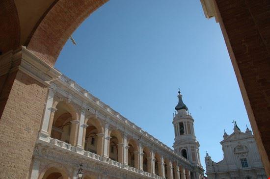 il campanile vanvitelliano loreto