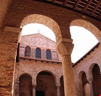 Atrium der Euphrasius-Basilika