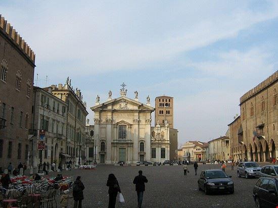 mantua mantuas piazza mantegna