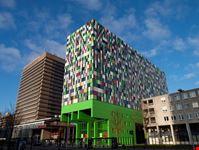 utrecht utrechts moderne architektur und farbwahl