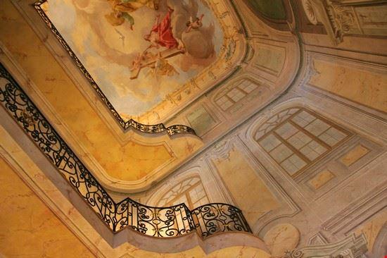36189 praga rosenberg palace
