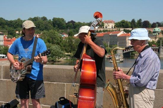 36207 musicisti sul ponte carlo praga