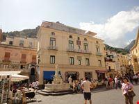 piazza principale amalfi