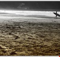 Surfista en Zarautz