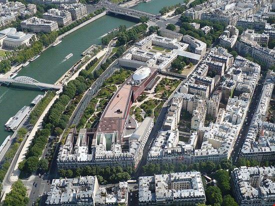 36755 paris musee du quai-branly a paris