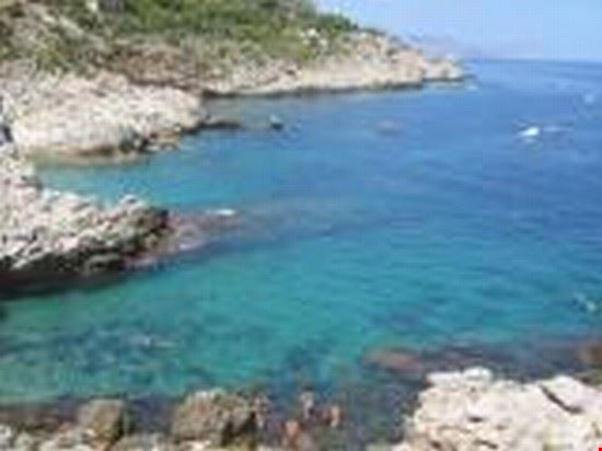 36867 mongerbino -capo zafferano le 3 piscine bagheria