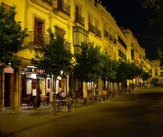 36935 seville glamour night in seville