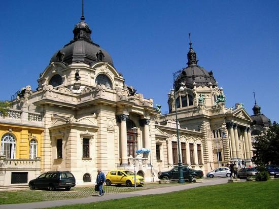 Bagni Termali Szechenyi : Bagni széchenyi a budapest