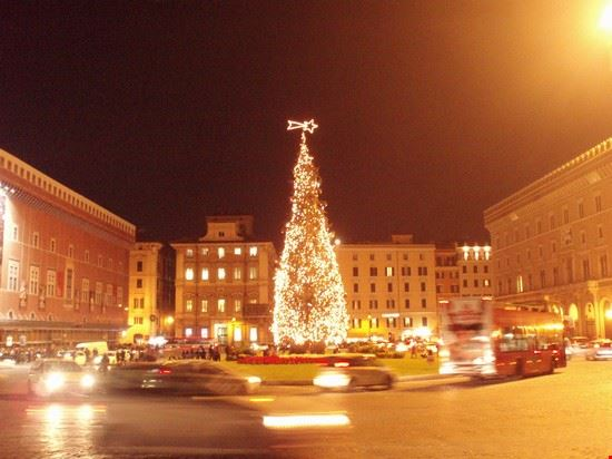 37719 piazza venezia roma