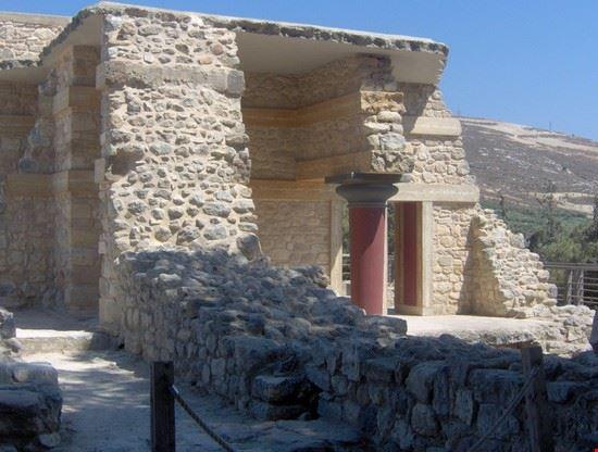 37813 palazzo di cnosso creta